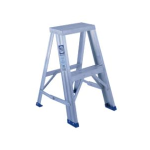 Featherlite 2 3 Aluminum Step Ladder Home Hardware